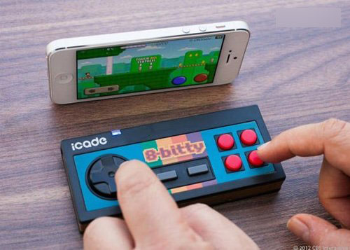 手机专用fc手柄外设公布 重温经典游戏
